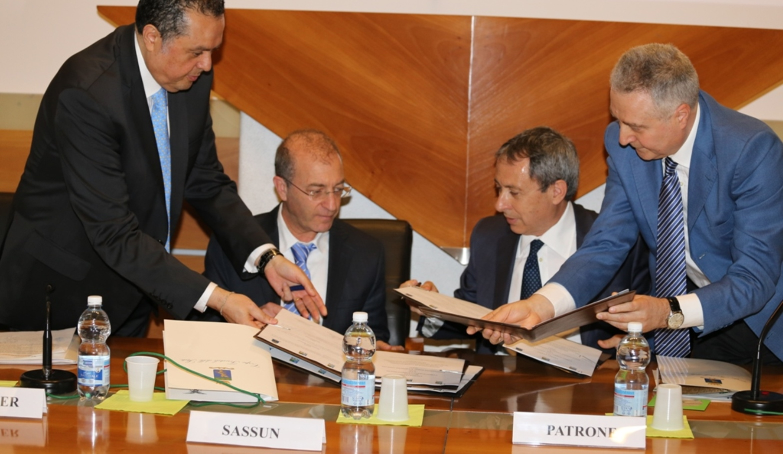 The signing of the MOU between KKL-JNF and the Italian State Forestry Corps in Rome, April 2016. Photo: courtesy