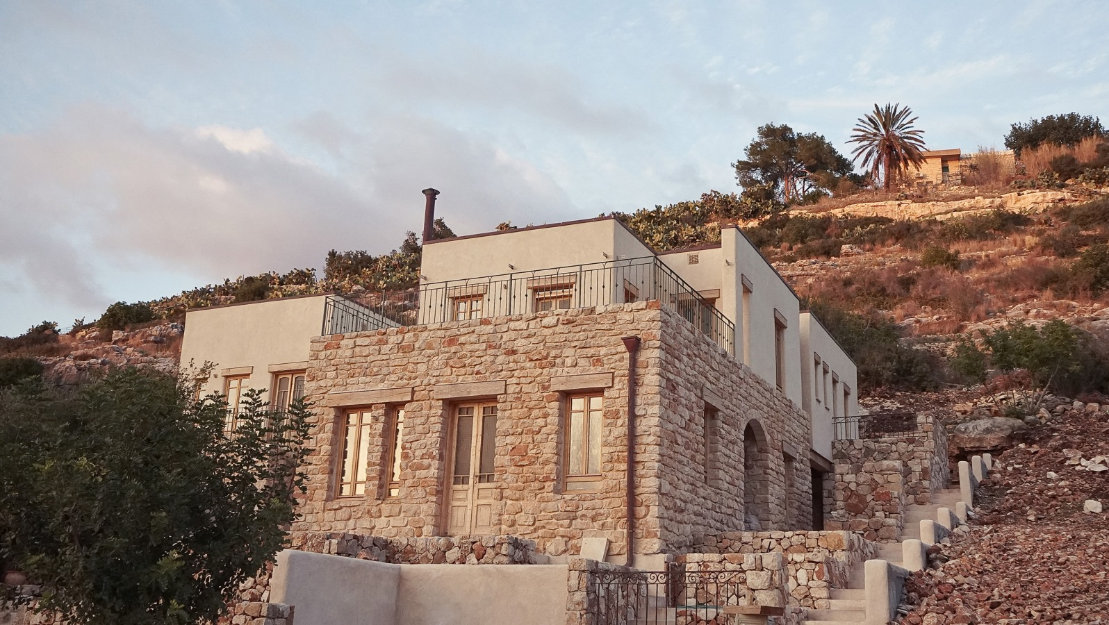 The israeli house built from cannabis israel21c for Idf architecture