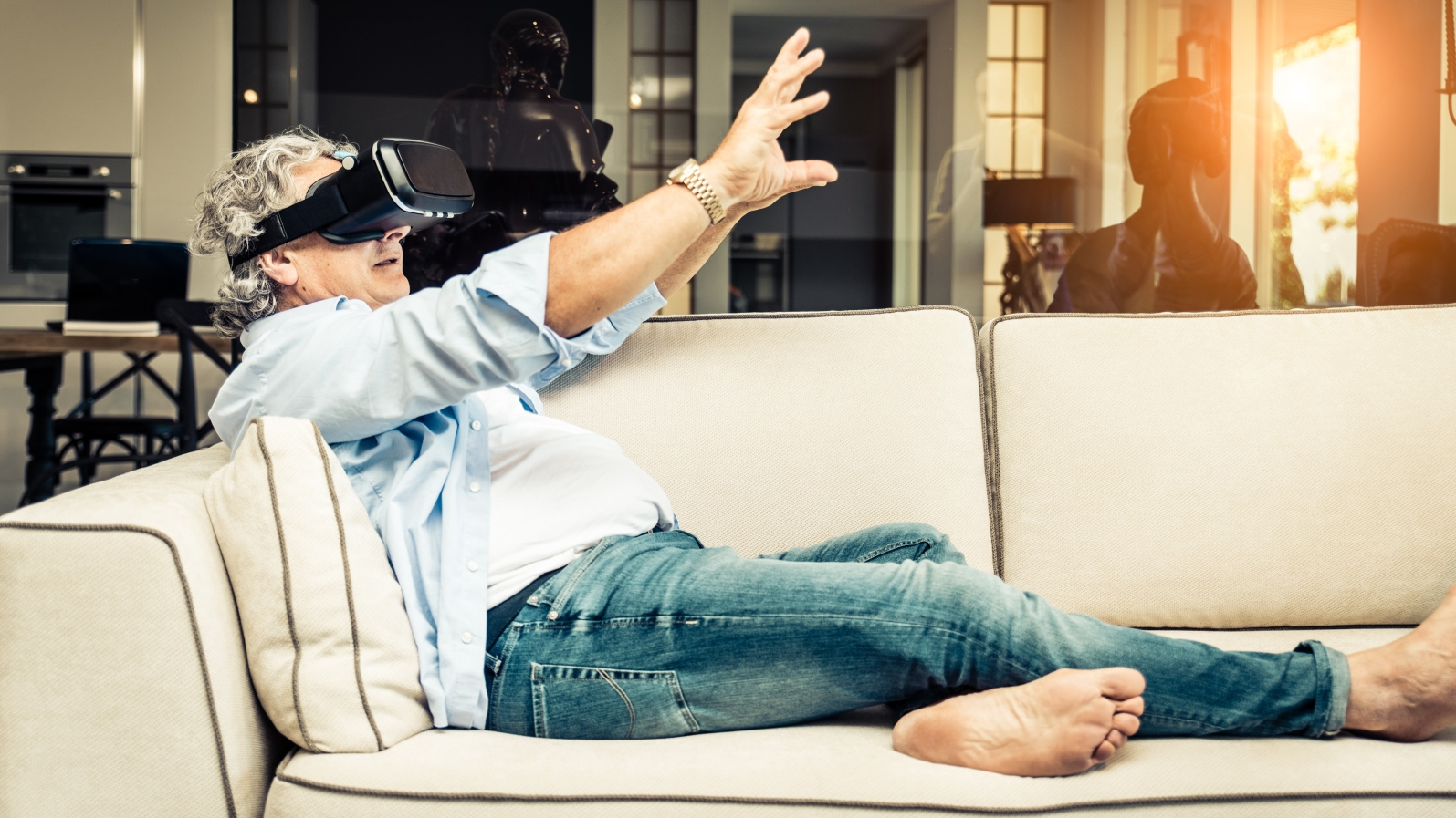 'Netflix for virtual reality' targets your living room