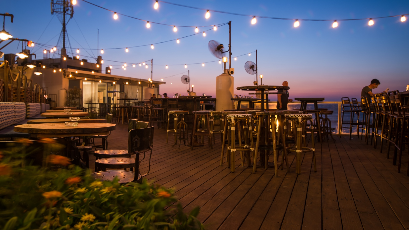 Israel S 10 Best Rooftop Bars To Party The Summer Nights Away Israel21c