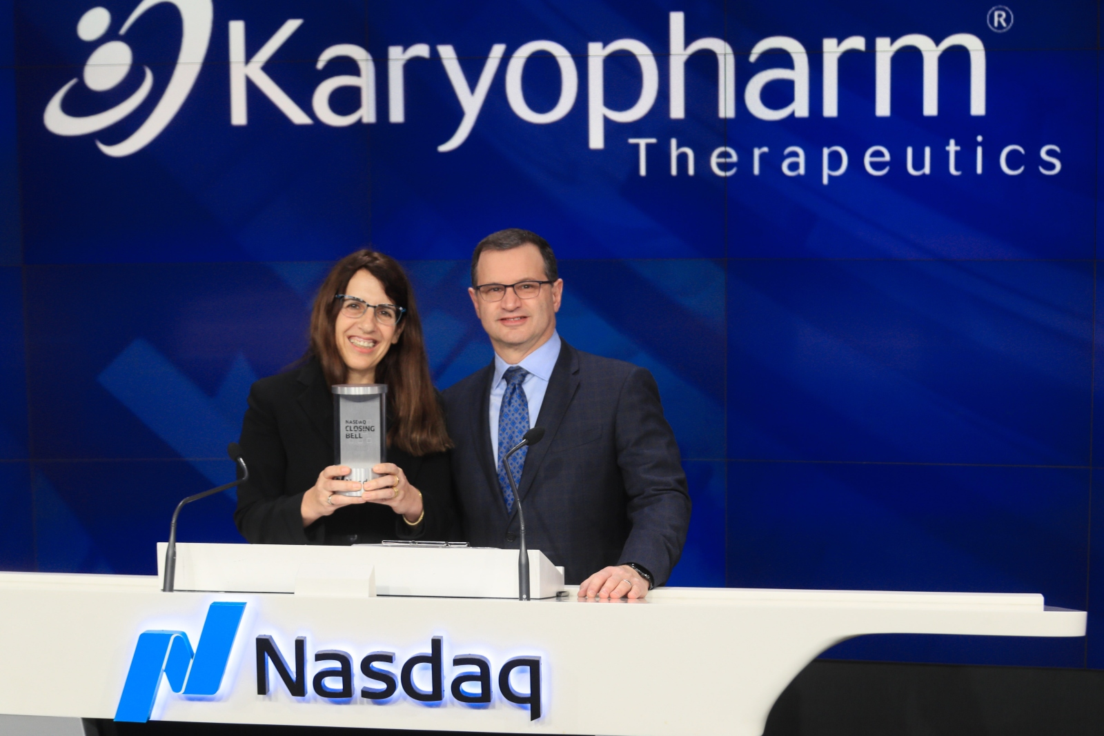 Karyopharm Therapeutics cofounders, President and CSO Sharon Shacham and CEO Dr. Michael Kauffman, ringing the bell at the NASDAQ Stock Exchange. Photo: courtesy