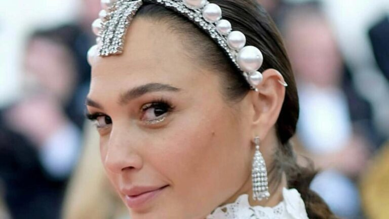 Gal Gadot defends herself after 'Imagine video outrage