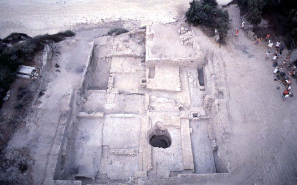 1.400 perros enterrados en tumbas antiguas - pic 3 1