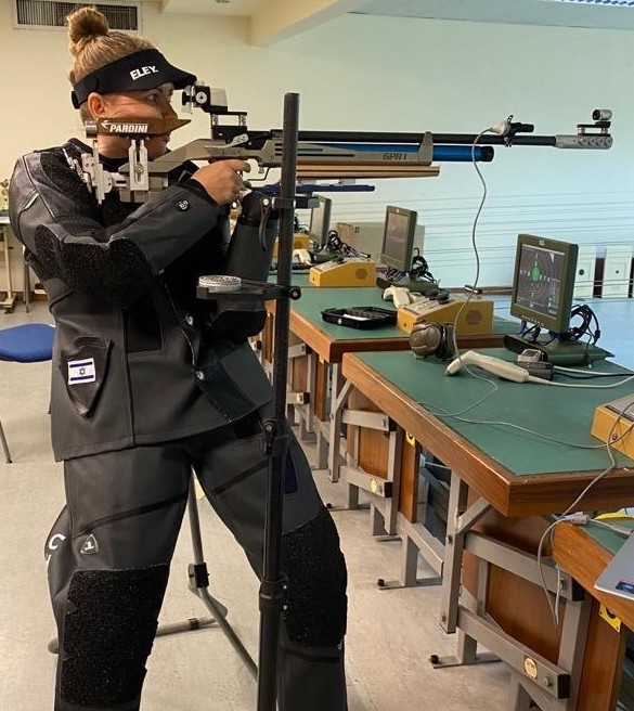 Paralympic shooter Yulia Tzarnoy. Photo by Guy Strick/Israel Paralympic Committee