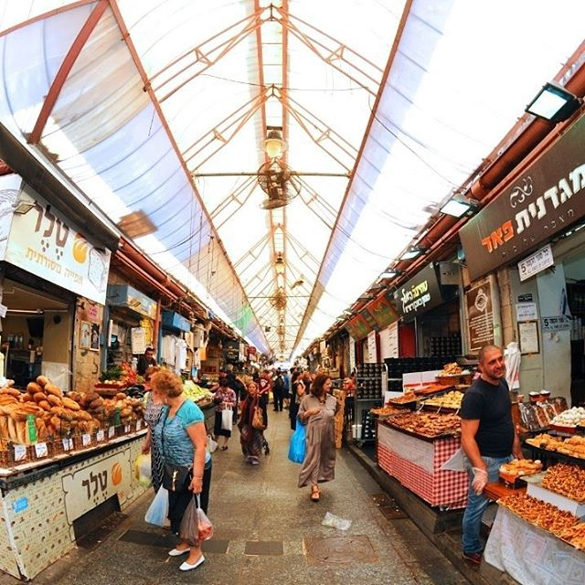 A fish-eye view of Jerusalem\'s Mahanye Yehuda market. If only the camera could capture the wonderful smells of the shuk.