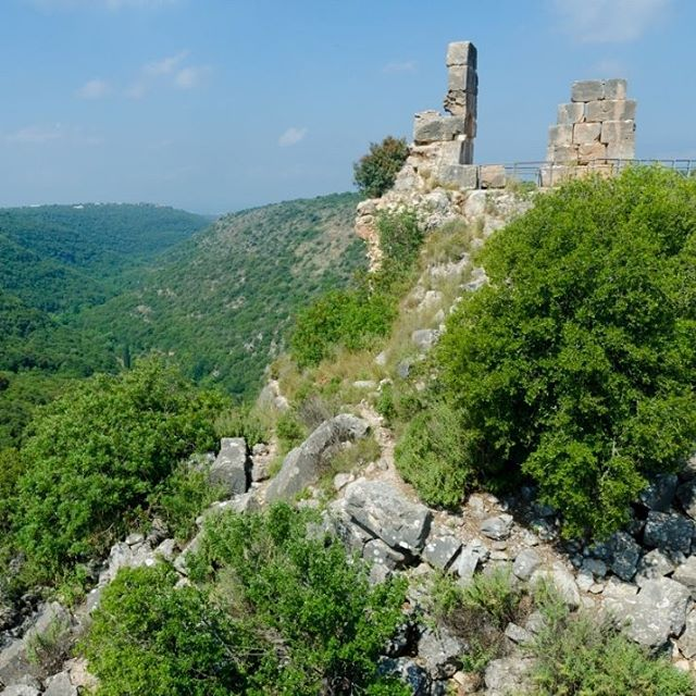 22 miles north of #Haifa stands the ruined crusader castle, Montfort Castle. #MonfortCastle