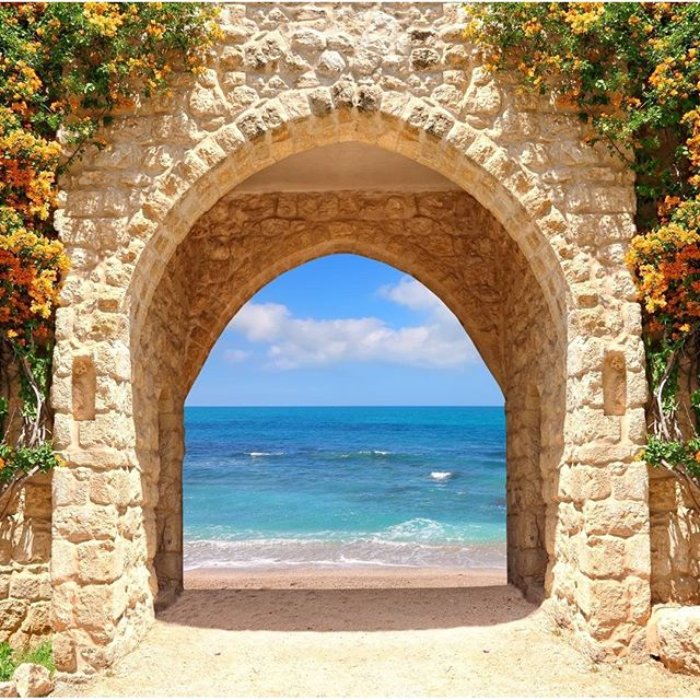 This way, through the ruins, to the Mediterranean! #Israel #Ruins #Mediterranean