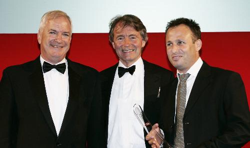 Carmel Winery executive team receives Decanter award