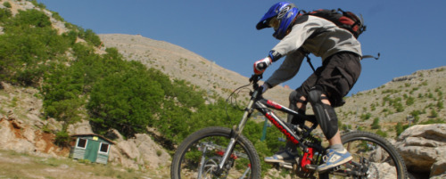 Cycling-on-Mount-Hermon