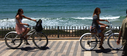 cycling-by-water