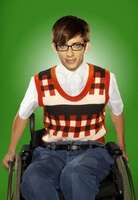 Artie walks on Glee