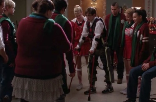 Artie walks on Glee