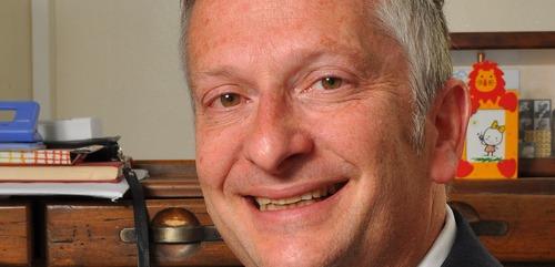 Dr. Simcha Chesner