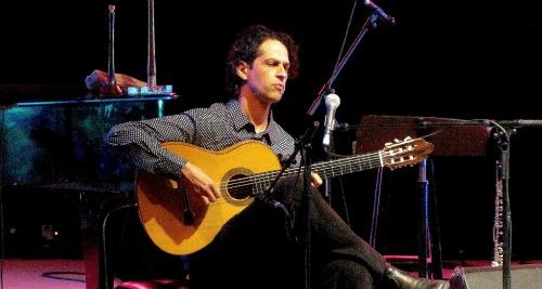 Itamar Erez performance