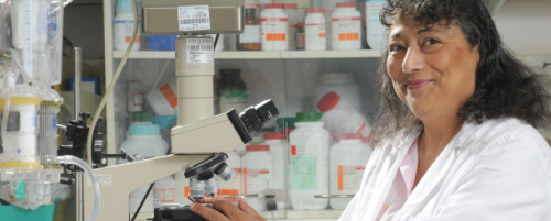 Smadar-Cohen-in-Lab