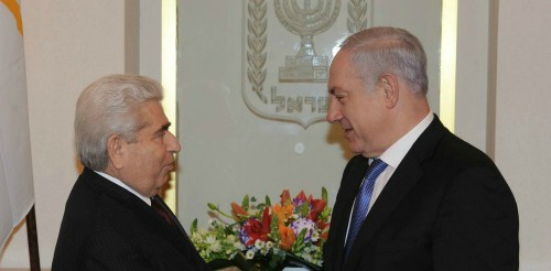 President of Cyprus Christofias Demetris and Israeli PM Benjamin Netanyahu