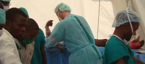 Congo-Israel-Aid-Debridement-Tent