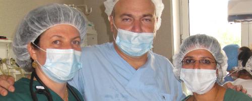 Israeli medical team treats burn victims in Romaina
